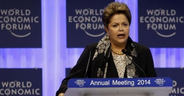 24jan2014---a-presidente-dilma-rousseff-faz-pronunciamento-em-sessao-especial-do-forum-economico-mundial-em-davos-na-suica-nesta-sexta-feira-24-1390571300593_956x500